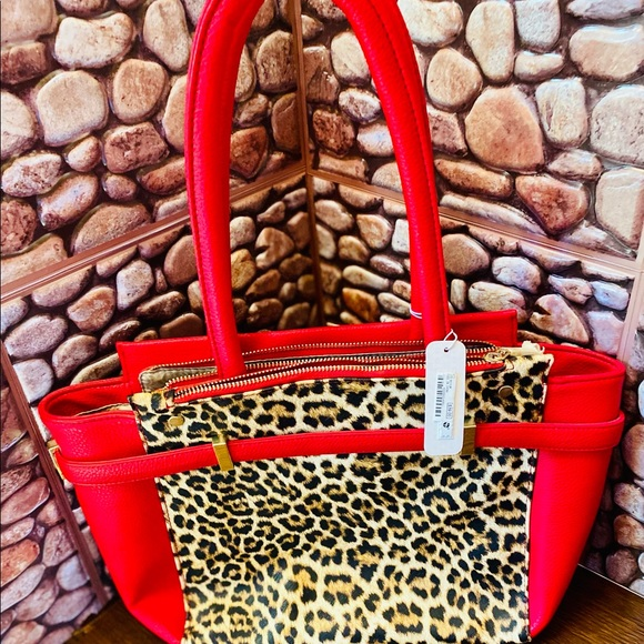 Cheetah purse never used, New still with tags